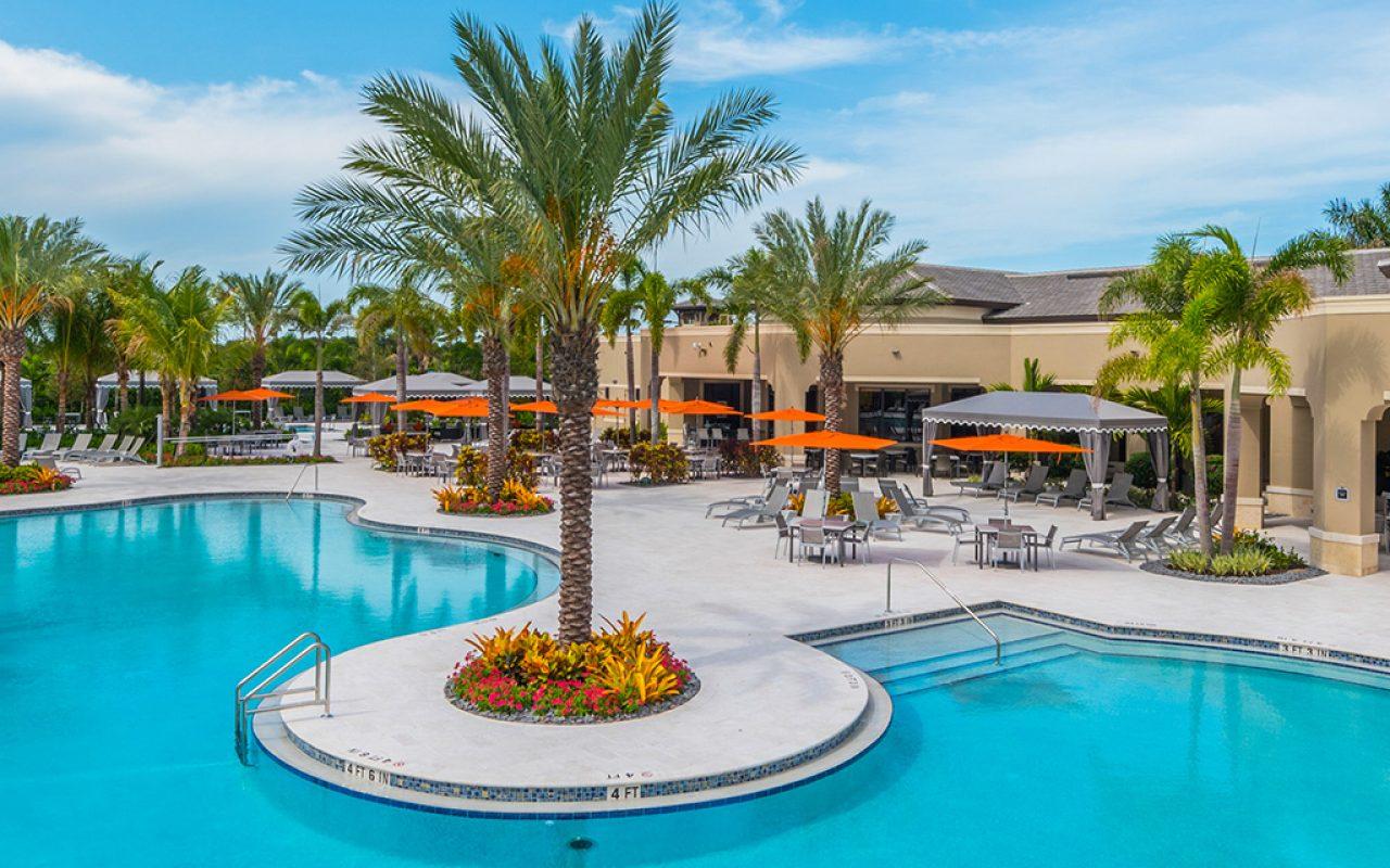 7B-clubhouse-resort-pool-3x1